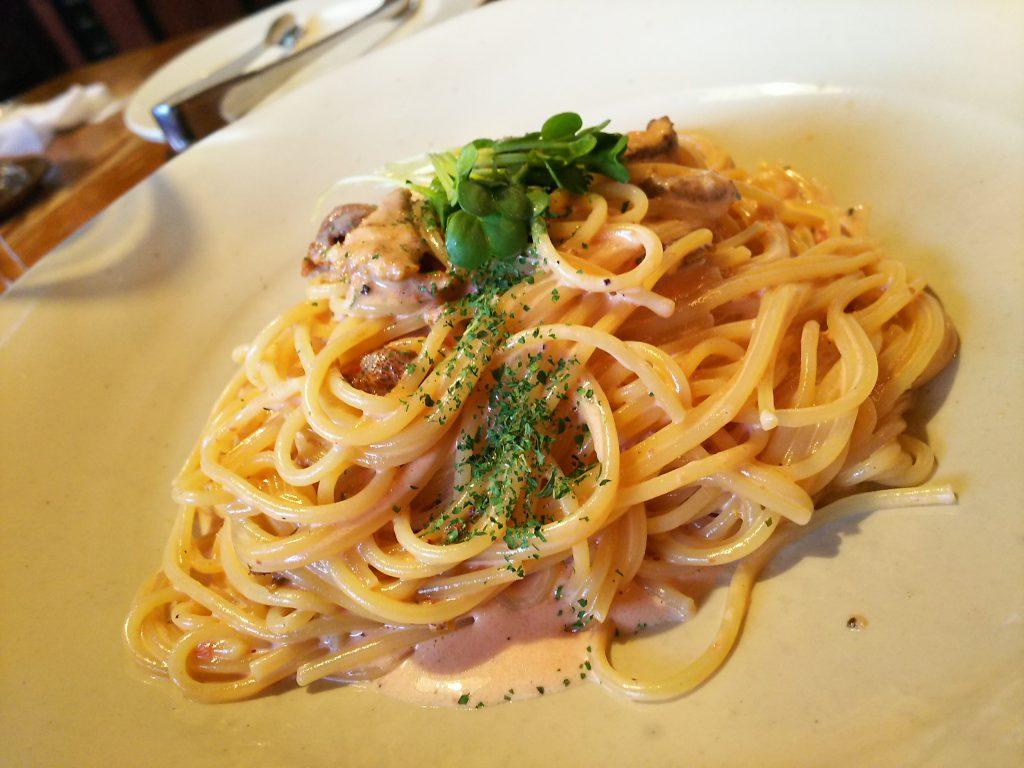土曜日はイタリアンつぶウニのスパゲティ