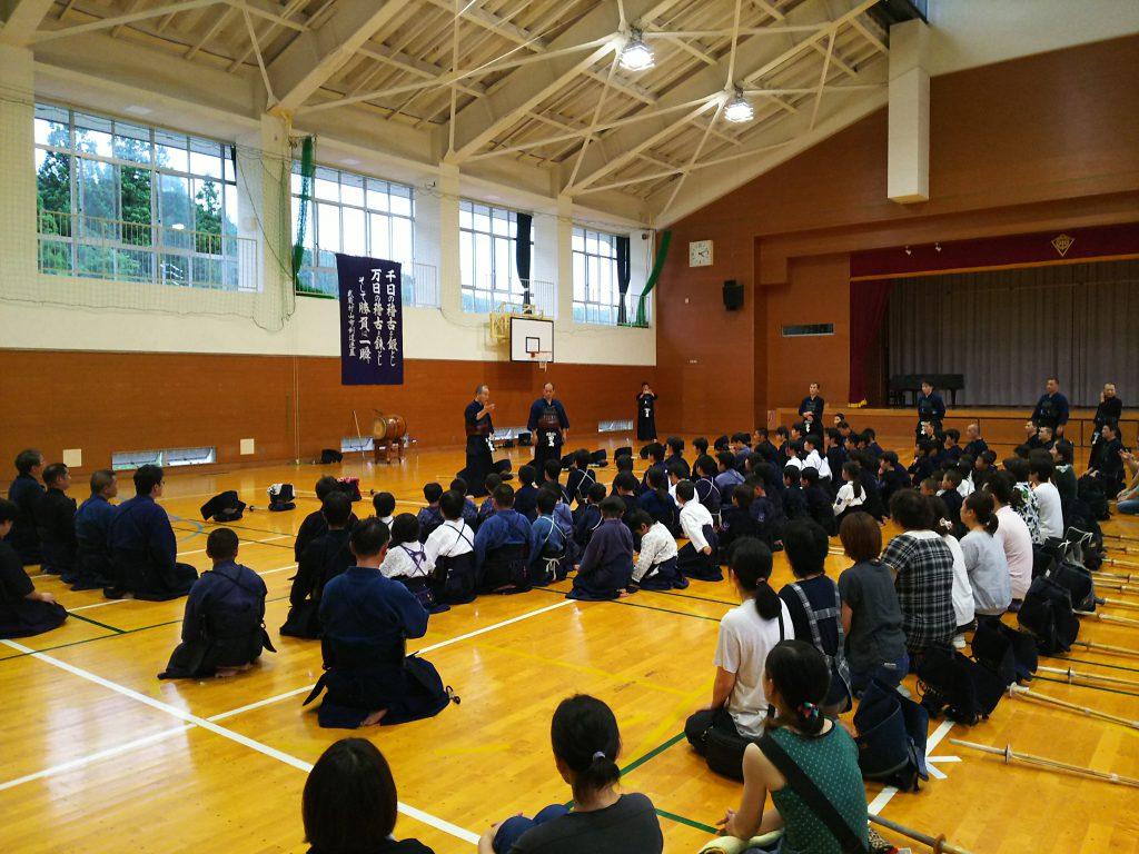 武蔵村山剣道連盟との交流稽古会